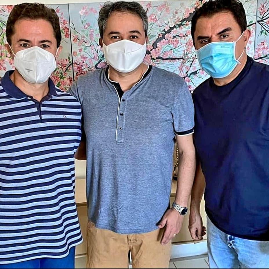 Veneziano e Wilson Santiago decidem por Efraim Filho senador e Azevedo governador